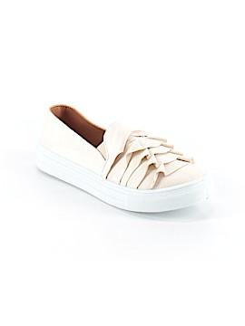 Bella Marie Sneakers Size 6