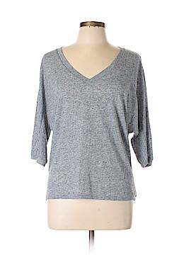 Kylee. 3/4 Sleeve T-Shirt Size L