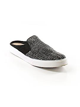 Kaanas Sneakers Size 9