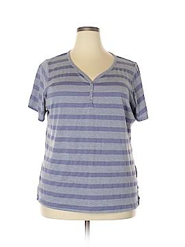 Avenue Short Sleeve T-Shirt Size 22 (Plus)
