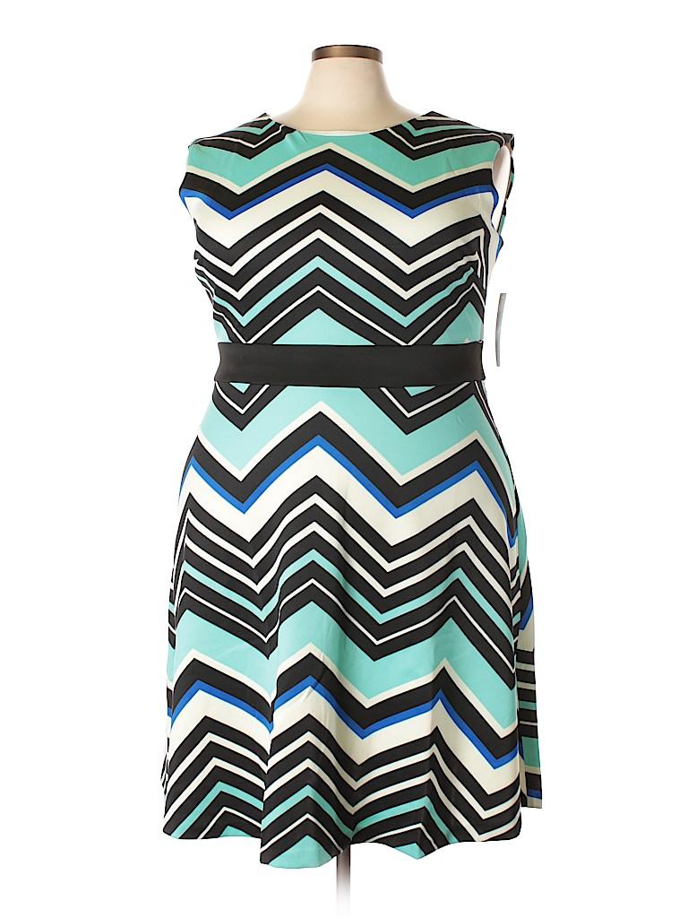Sandra Darren Women Casual Dress Size 24 (Plus)