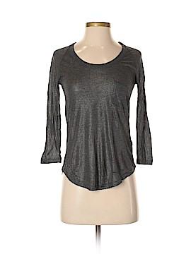 Hi-Line 3/4 Sleeve T-Shirt Size XS