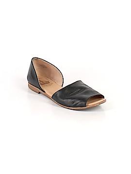 Crown Vintage Sandals Size 10