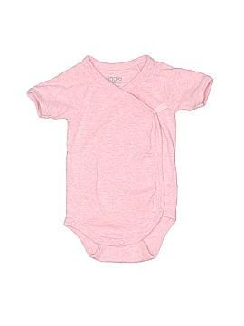 Giggle Short Sleeve Onesie Size 0-3 mo