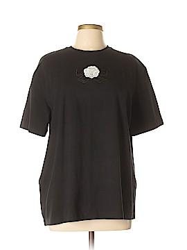St. John Sport Short Sleeve T-Shirt Size L