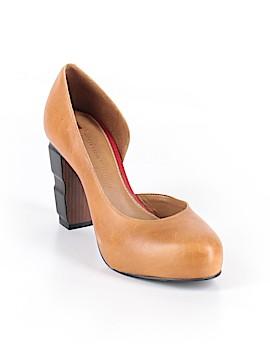 Schuler & Sons Philadelphia Heels Size 9