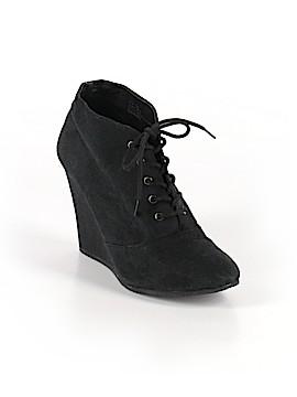 Kelsi Dagger Brooklyn Ankle Boots Size 9