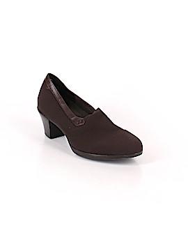 Munro American Heels Size 9