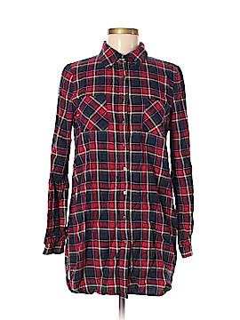 Windsor Long Sleeve Button-Down Shirt Size M