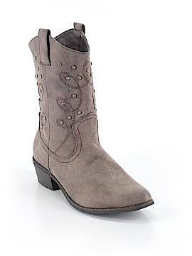 Pierre Dumas Boots Size 9