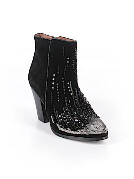 Donald J Pliner Ankle Boots Size 6