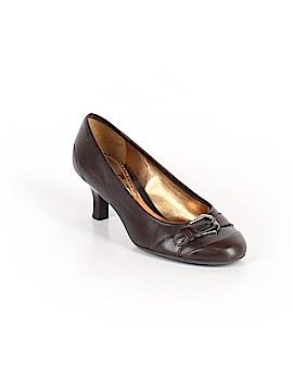 Michelle D. Heels Size 4 1/2