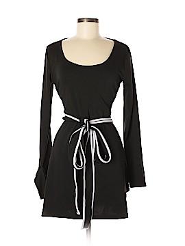 V Fish Casual Dress Size L