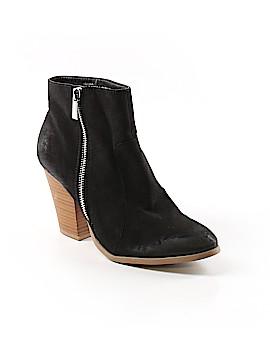 Shoedazzle Ankle Boots Size 7 1/2