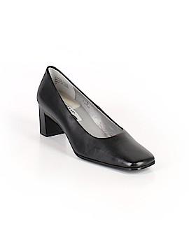 Caressa Heels Size 7