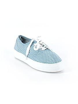Rue21 Sneakers Size 10