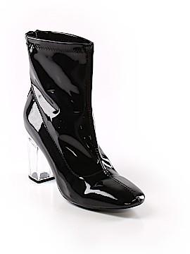 Yoki Boots Size 8 1/2