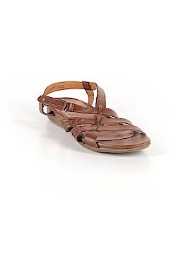 Bass Sandals Size 7 1/2