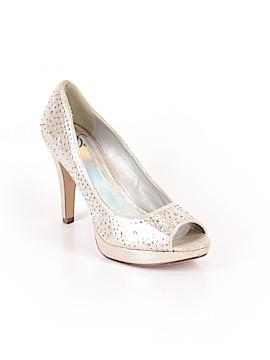 Delicious Heels Size 7 1/2