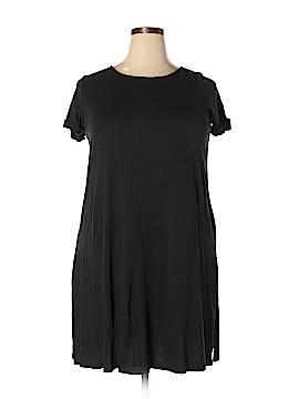 Roaman's Short Sleeve T-Shirt Size 16 - 14