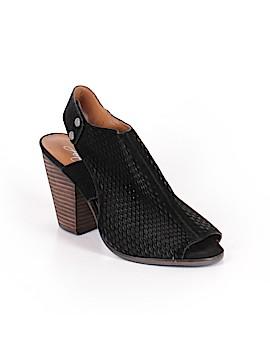 Arturo Chiang Heels Size 7 1/2