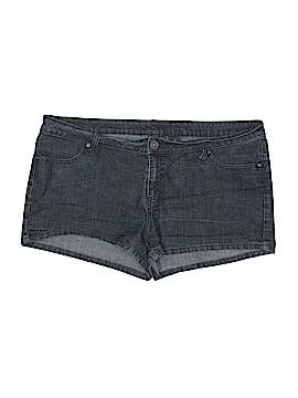 City Streets Denim Shorts Size 17