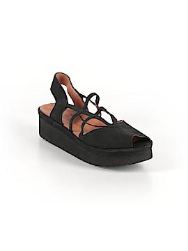 L'Amour Des Pieds Sandals Size 8 1/2