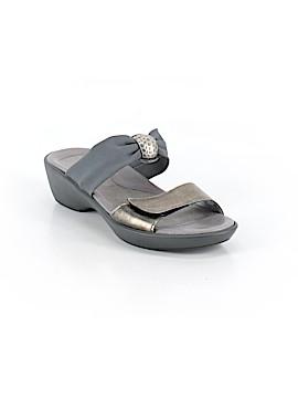 Naot Sandals Size 38 (EU)