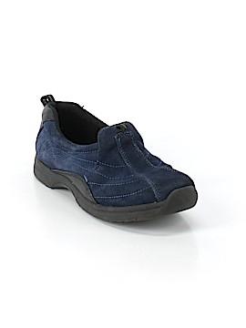 Sporto Sneakers Size 9