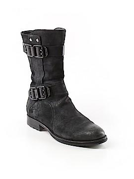 Vera Wang Boots Size 6