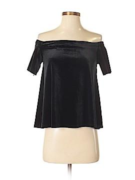 Francesca's Short Sleeve Top Size S