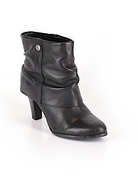 BCBG Paris Boots Size 8