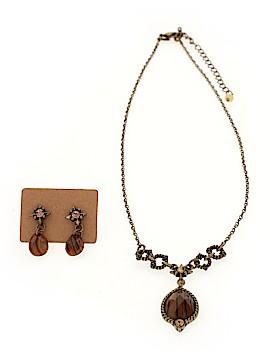 Avon Necklace Size SET OF ITEMS