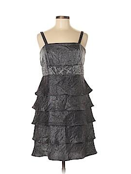 R&M Richards Cocktail Dress Size 8 (Petite)