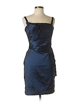 R&M Richards Cocktail Dress Size 6 (Petite)