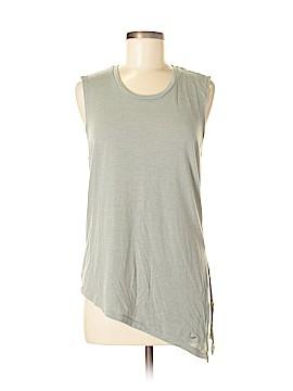 Nike Active T-Shirt Size M (Petite)
