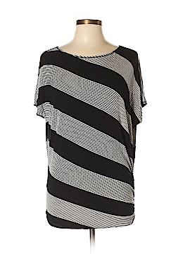 Max Studio Short Sleeve T-Shirt Size L