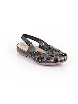 Wearever Sandals Size 7 1/2