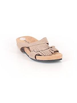 Minnetonka Sandals Size 8