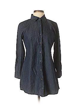 En Creme Long Sleeve Button-Down Shirt Size S
