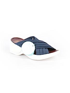 Bzees Sandals Size 9 1/2