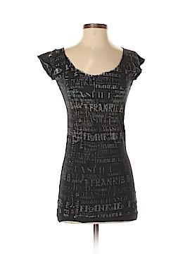 Frankie B. Short Sleeve T-Shirt Size S
