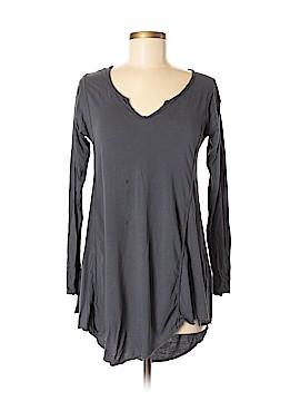 Sloane Rouge Long Sleeve T-Shirt Size M