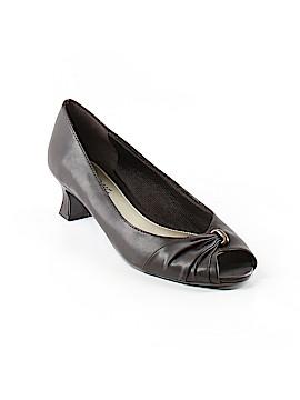 Easy Street Heels Size 10
