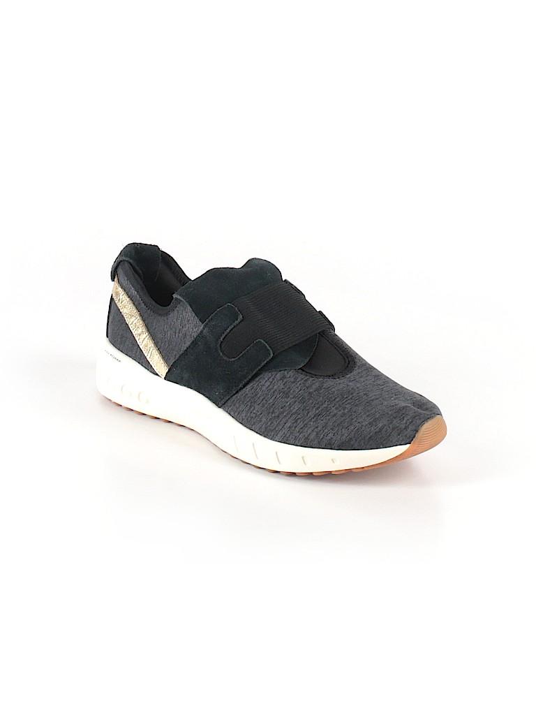 067038fb886e Reebok Animal Print Color Block Black Sneakers Size 7 - 56% off ...