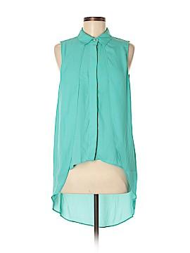 Suzy Shier Sleeveless Blouse Size M