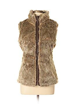 Gap Outlet Faux Fur Vest Size L