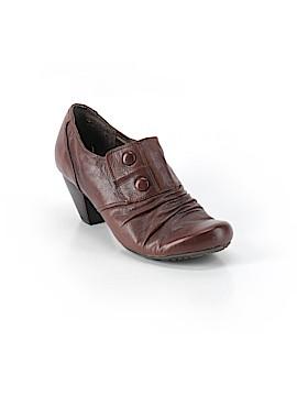 Baretraps Heels Size 8