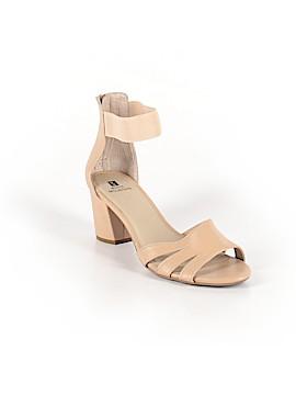 White Mountain Heels Size 9