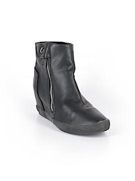Amiana Ankle Boots Size 34 (EU)